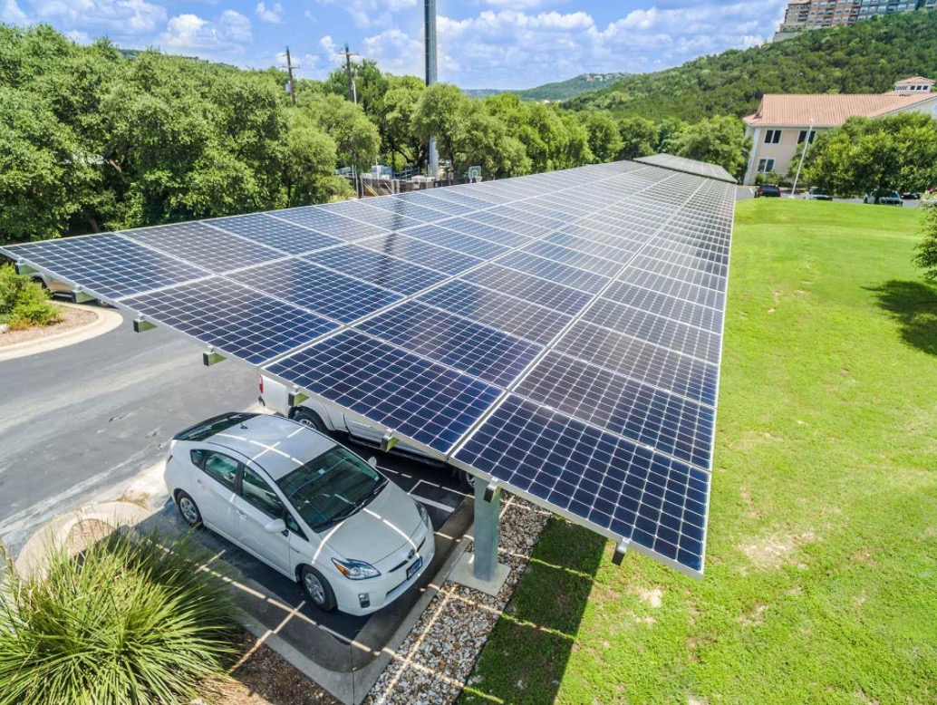 car technologies and green energy general Environmental benefits one of the most obvious benefits to building with green technology is the environmental impact green technology helps reduce emissions, conserves water, reduces waste and consumes less energy than conventional technology.